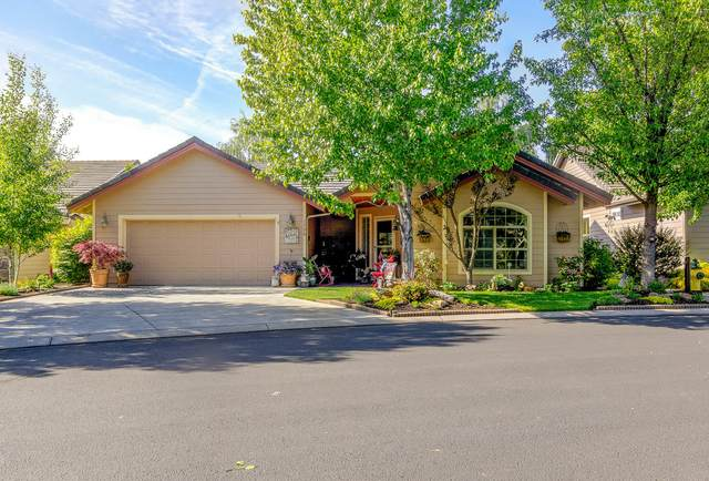 1736 NW Nickernut Place, Redmond, OR 97756 (MLS #220102181) :: Fred Real Estate Group of Central Oregon