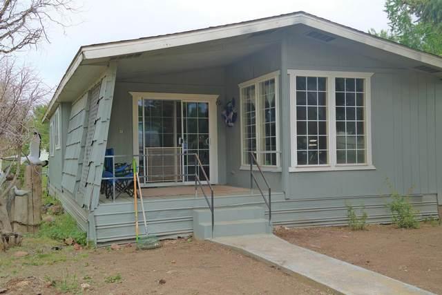 121 2nd Street, Metolius, OR 97741 (MLS #220102187) :: Berkshire Hathaway HomeServices Northwest Real Estate