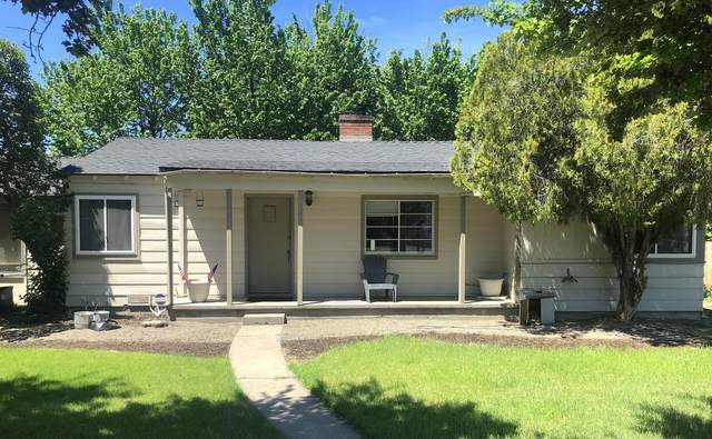 271 SE Elm Street, Prineville, OR 97754 (MLS #220102202) :: Team Birtola | High Desert Realty