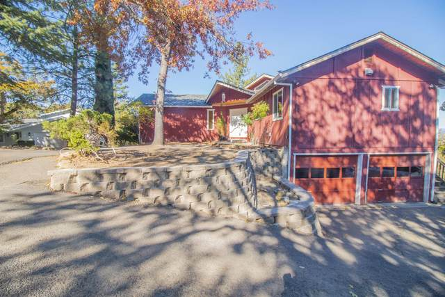 305 Conestoga Circle, Jacksonville, OR 97530 (MLS #220102223) :: Central Oregon Home Pros