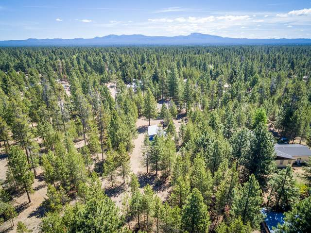 53253 Woodstock Drive, La Pine, OR 97739 (MLS #220102288) :: Premiere Property Group, LLC