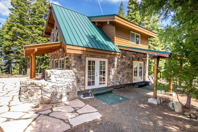 18283 Dead Indian Memorial Road, Ashland, OR 97520 (MLS #220102312) :: Berkshire Hathaway HomeServices Northwest Real Estate