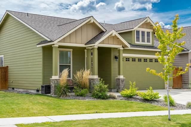 20821 Alpine Ridge Place, Bend, OR 97701 (MLS #220102325) :: Berkshire Hathaway HomeServices Northwest Real Estate