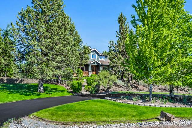 20920 Royal Oak Circle, Bend, OR 97701 (MLS #220102395) :: Premiere Property Group, LLC