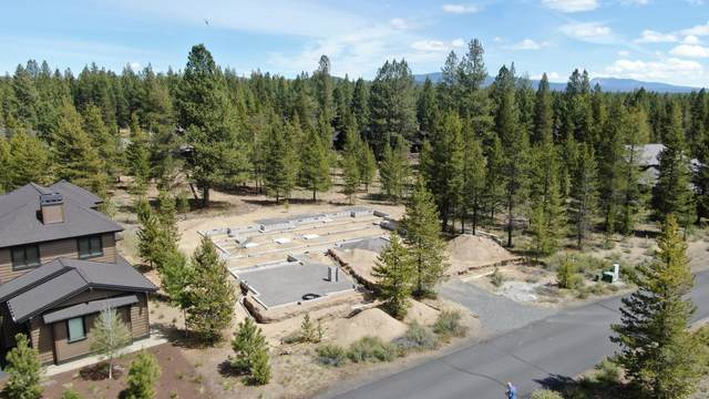 56510-160 Sunstone Loop, Bend, OR 97707 (MLS #220102913) :: Team Birtola | High Desert Realty