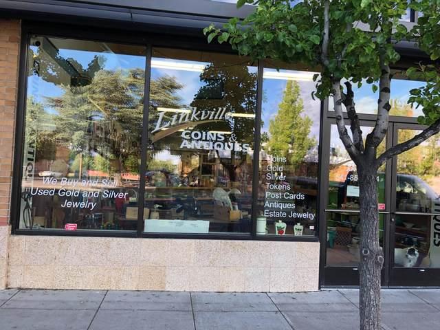 919 Klamath Avenue, Klamath Falls, OR 97601 (MLS #220103020) :: Berkshire Hathaway HomeServices Northwest Real Estate