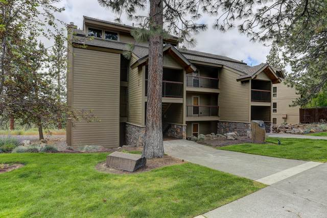 18575 SW Century Drive #1033, Bend, OR 97702 (MLS #220103052) :: Berkshire Hathaway HomeServices Northwest Real Estate