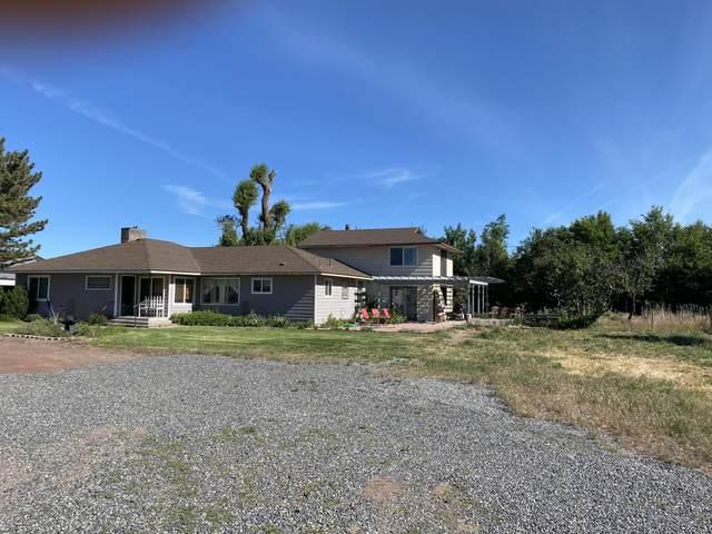20554 N Malin Road, Malin, OR 97632 (MLS #220103228) :: Berkshire Hathaway HomeServices Northwest Real Estate