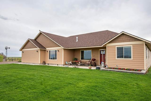5237 SW Gem Lane, Culver, OR 97734 (MLS #220103256) :: Fred Real Estate Group of Central Oregon