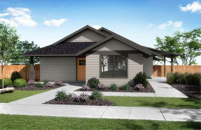 3467 W Antler Avenue, Redmond, OR 97756 (MLS #220103653) :: Fred Real Estate Group of Central Oregon