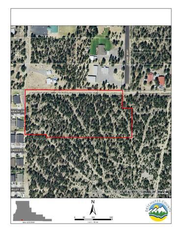 200 Evans Way, La Pine, OR 97739 (MLS #220103660) :: The Ladd Group