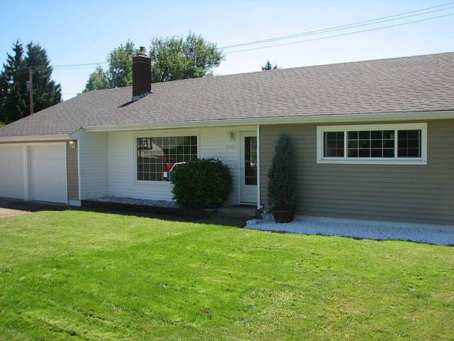 1690 Curtis Avenue, Eugene, OR 97401 (MLS #220103684) :: Team Birtola | High Desert Realty