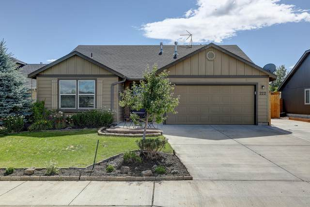 222 SW 33rd Drive, Redmond, OR 97756 (MLS #220103719) :: Berkshire Hathaway HomeServices Northwest Real Estate