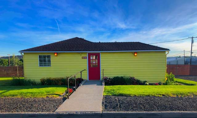 84 SW I Street, Madras, OR 97741 (MLS #220103753) :: Central Oregon Home Pros