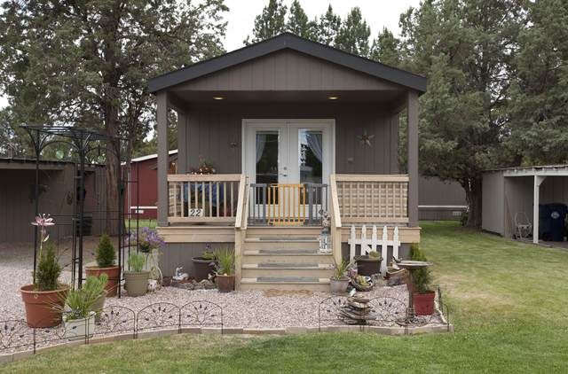 5063 S Hwy 97 #22, Redmond, OR 97756 (MLS #220103837) :: Fred Real Estate Group of Central Oregon