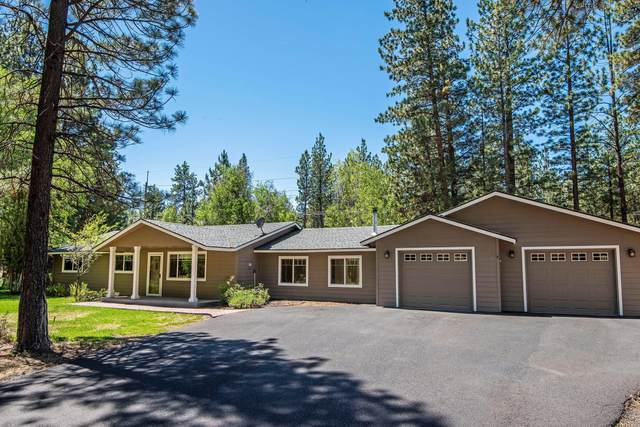 14825 Saddle Horn, Sisters, OR 97759 (MLS #220103844) :: Berkshire Hathaway HomeServices Northwest Real Estate