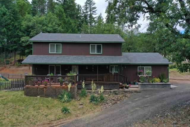 2055 Swingle Road, Trail, OR 97541 (MLS #220103879) :: FORD REAL ESTATE