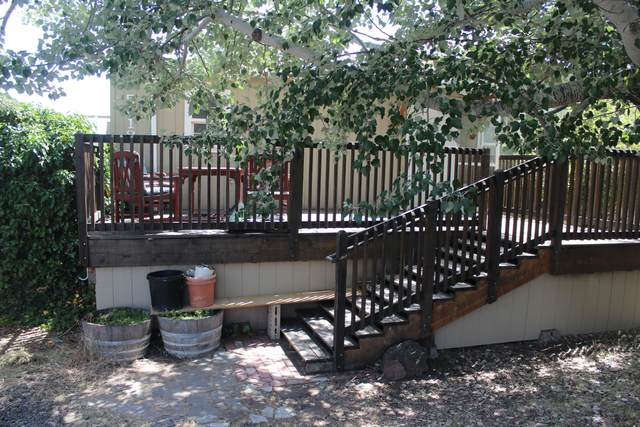 5318 SE Davis Loop, Prineville, OR 97754 (MLS #220103936) :: Berkshire Hathaway HomeServices Northwest Real Estate
