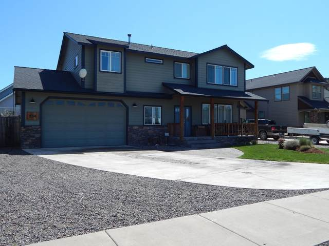 534 SE Stearns Road, Prineville, OR 97754 (MLS #220103976) :: Coldwell Banker Bain