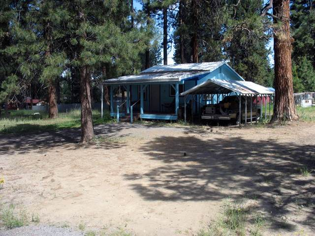 555 Fir Street, Chiloquin, OR 97624 (MLS #220104040) :: Bend Relo at Fred Real Estate Group