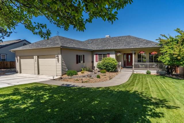 2496 SW 34th Drive, Redmond, OR 97756 (MLS #220104047) :: CENTURY 21 Lifestyles Realty