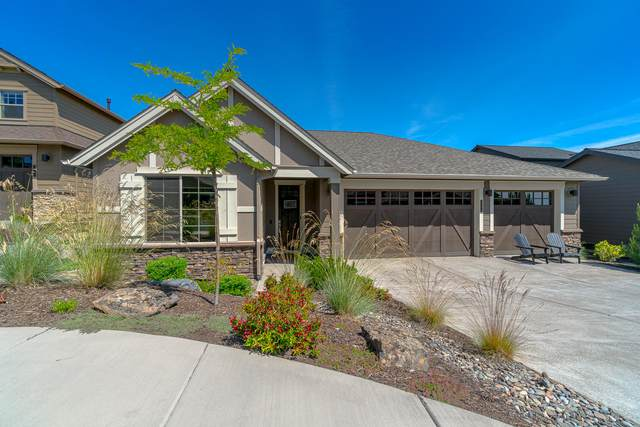 2508 NW Pine Terrace Drive, Bend, OR 97703 (MLS #220104070) :: The Ladd Group
