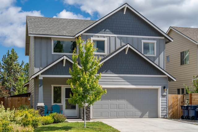 21190 SE Kayla Court, Bend, OR 97702 (MLS #220104071) :: Coldwell Banker Bain