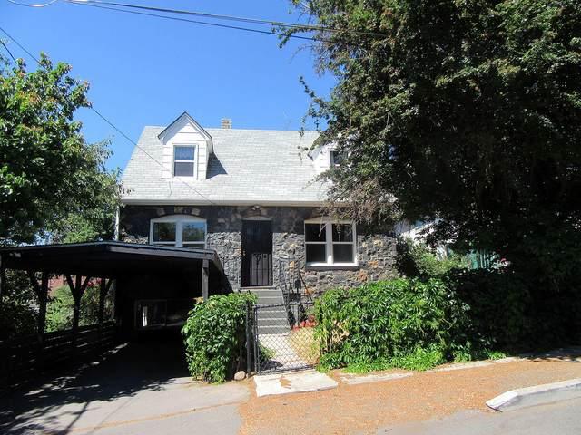 118 Ewauna Street, Klamath Falls, OR 97601 (MLS #220104073) :: Berkshire Hathaway HomeServices Northwest Real Estate