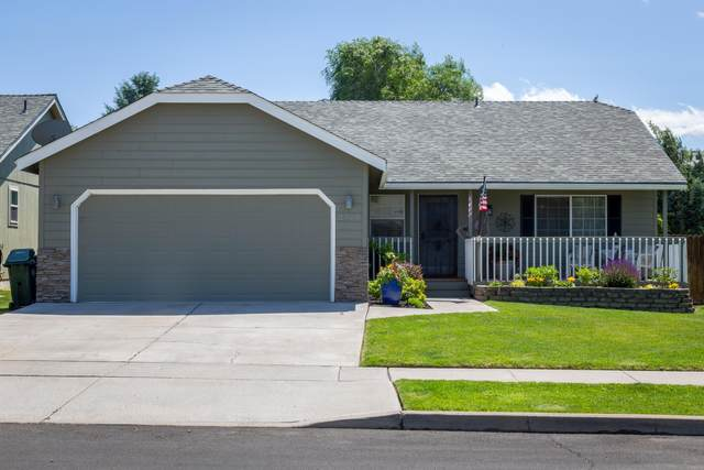 2773 NE Hope Drive, Bend, OR 97701 (MLS #220104082) :: The Ladd Group