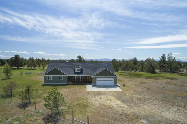 414 SW Bent Loop, Powell Butte, OR 97753 (MLS #220104169) :: Berkshire Hathaway HomeServices Northwest Real Estate