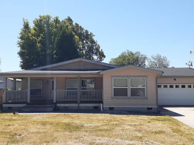 1542 Dayton Street, Klamath Falls, OR 97603 (MLS #220104175) :: Bend Homes Now