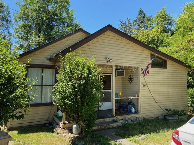 405 SW Bridge Street D, Grants Pass, OR 97526 (MLS #220104189) :: The Ladd Group