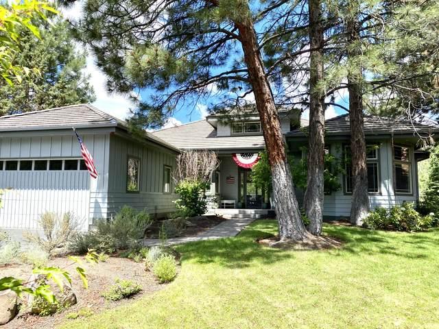 19571 Blue Lake Loop, Bend, OR 97702 (MLS #220104250) :: Berkshire Hathaway HomeServices Northwest Real Estate