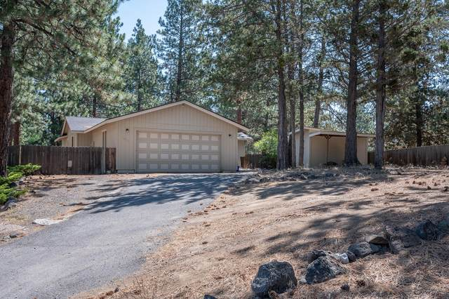 1833 SW Forest Ridge Avenue, Bend, OR 97702 (MLS #220104284) :: Fred Real Estate Group of Central Oregon