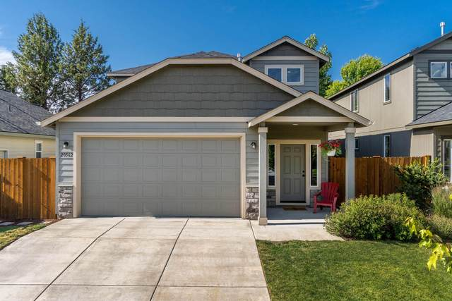 20562 Goldenrod Lane, Bend, OR 97702 (MLS #220104380) :: Berkshire Hathaway HomeServices Northwest Real Estate