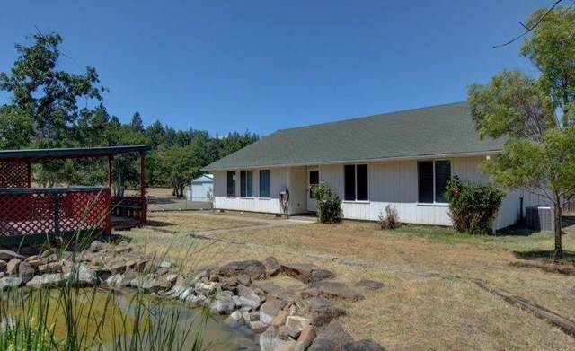204 Crescent Drive, Eagle Point, OR 97524 (MLS #220104424) :: Berkshire Hathaway HomeServices Northwest Real Estate