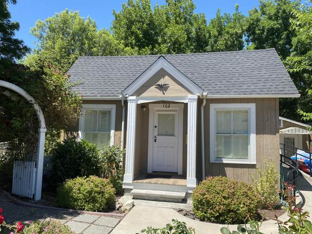 102 Home Street, Talent, OR 97540 (MLS #220104426) :: Berkshire Hathaway HomeServices Northwest Real Estate