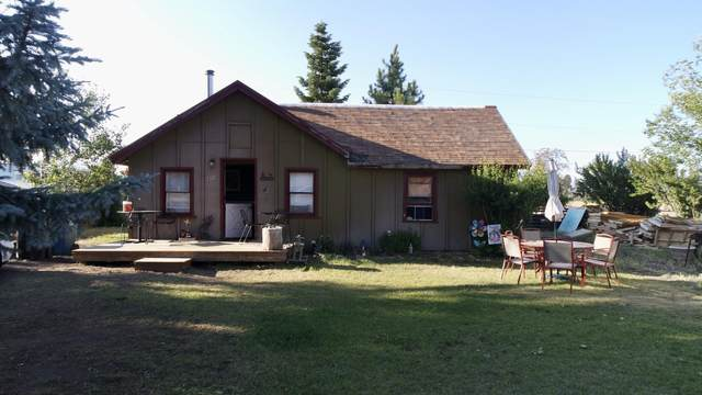 454 E Adams Avenue, Sisters, OR 97759 (MLS #220104447) :: Berkshire Hathaway HomeServices Northwest Real Estate