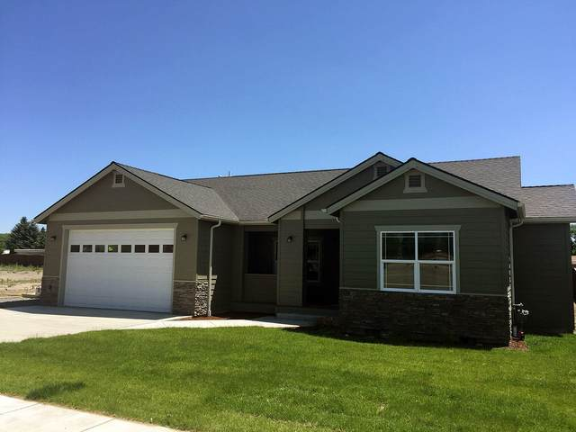 3906 Birddog Drive, Klamath Falls, OR 97603 (MLS #220104466) :: CENTURY 21 Lifestyles Realty