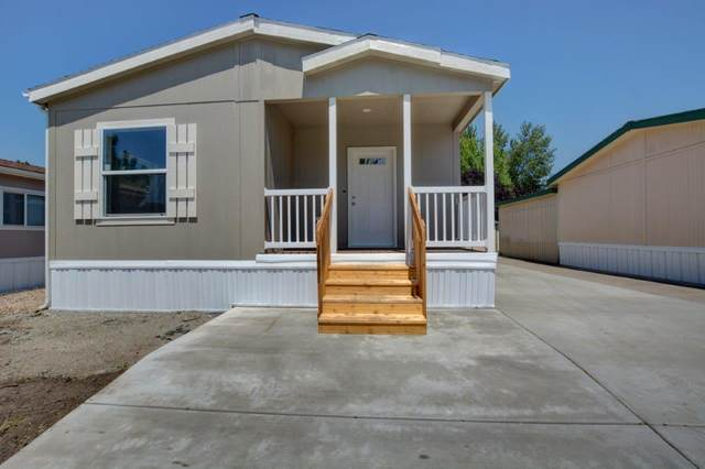 10 E South Stage Road #65, Medford, OR 97501 (MLS #220104472) :: The Ladd Group