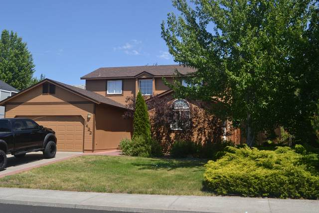 1422 NE Locksley Drive, Bend, OR 97701 (MLS #220104484) :: The Ladd Group
