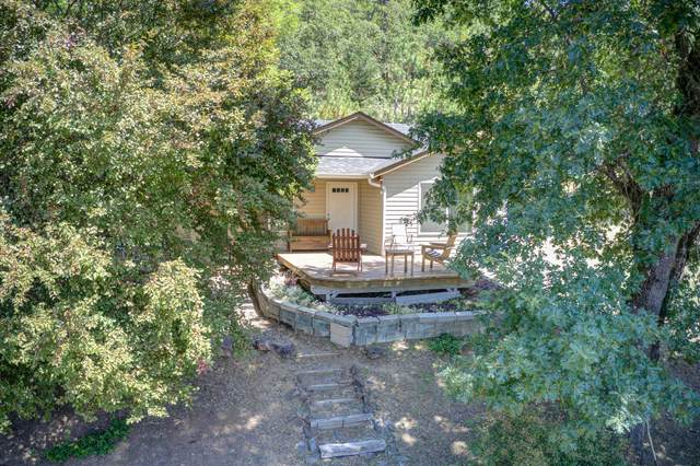 17275 Jones Road, White City, OR 97503 (MLS #220104487) :: FORD REAL ESTATE
