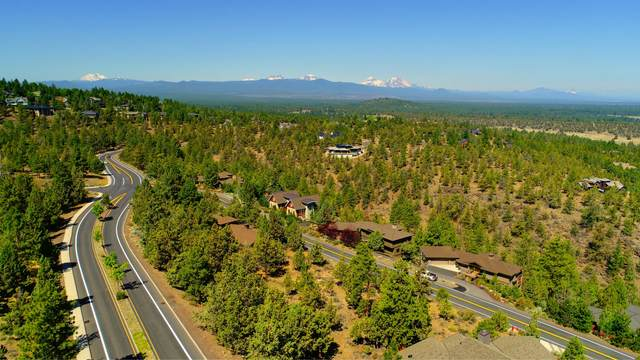1287 Archie Briggs Road, Bend, OR 97701 (MLS #220104520) :: Berkshire Hathaway HomeServices Northwest Real Estate