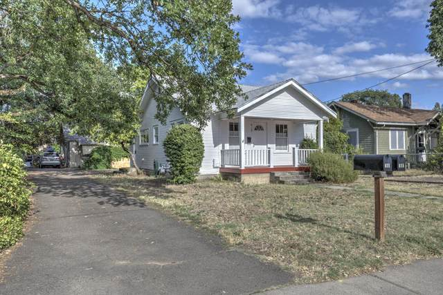 415 Park Avenue, Medford, OR 97504 (MLS #220104552) :: Berkshire Hathaway HomeServices Northwest Real Estate