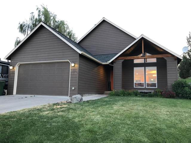 1960 NE Villa Drive, Madras, OR 97741 (MLS #220104561) :: Team Birtola | High Desert Realty