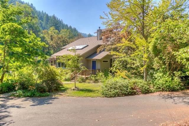 9572 Wagner Creek Road, Talent, OR 97540 (MLS #220104572) :: Berkshire Hathaway HomeServices Northwest Real Estate