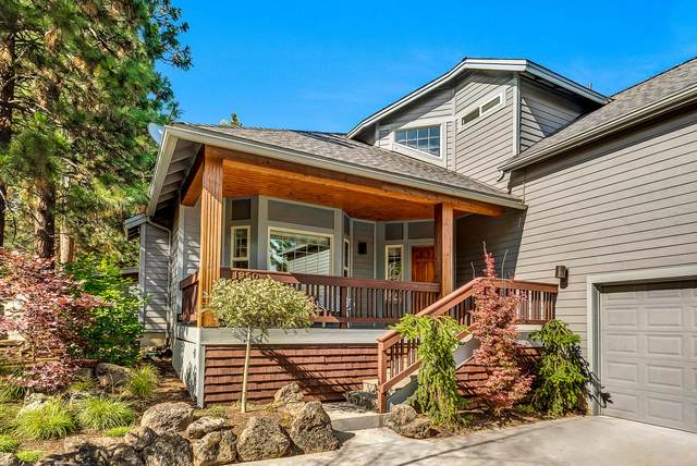 1950 SW Prestwick Place, Bend, OR 97702 (MLS #220104587) :: Team Birtola | High Desert Realty