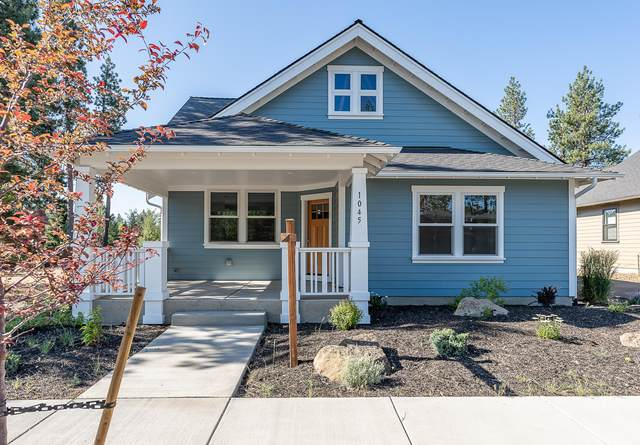 1045 E Horse Back Trail, Sisters, OR 97759 (MLS #220104594) :: Berkshire Hathaway HomeServices Northwest Real Estate
