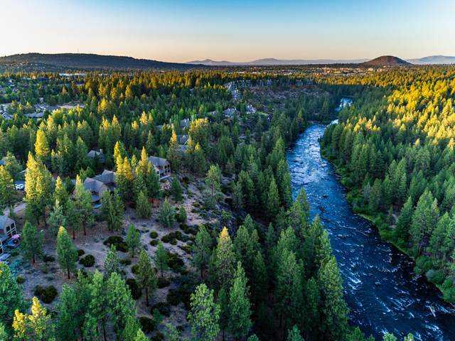 61357 Wild Rapids Drive, Bend, OR 97702 (MLS #220104603) :: Rutledge Property Group
