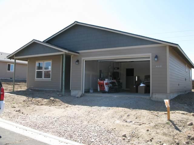 476 SE Leisek Way, Madras, OR 97741 (MLS #220104639) :: Berkshire Hathaway HomeServices Northwest Real Estate